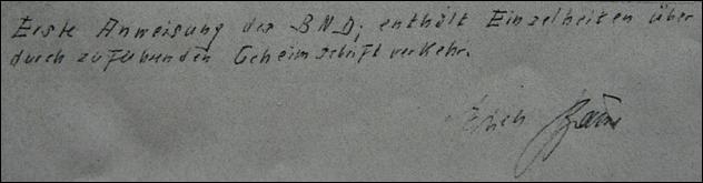 Das ist eine handschriftliche Notiz, die Erich Brauns gemacht und unterschrieben hat.